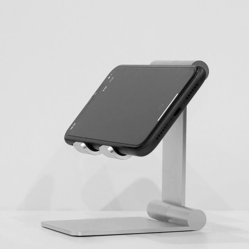 Stand/ Giá đỡ nhôm gập gọn kê iPhone, iPad Lucas Roller
