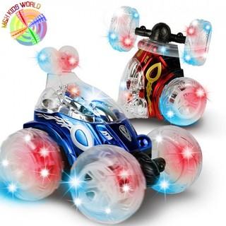 Xe xoay 360 độ có đèn phát nhạc, điều khiển từ xa phù hợp cho trẻ em lứa tuổi 5+