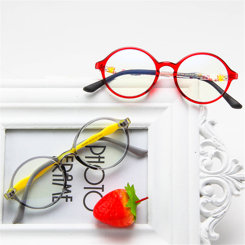 XIANSTORE Fashion Comfortable Eyeglasses TR90 Anti-blue Light Kids Glasses Portable Online Classes Computer Children Boys Girls Eye Protection Ultra Light...