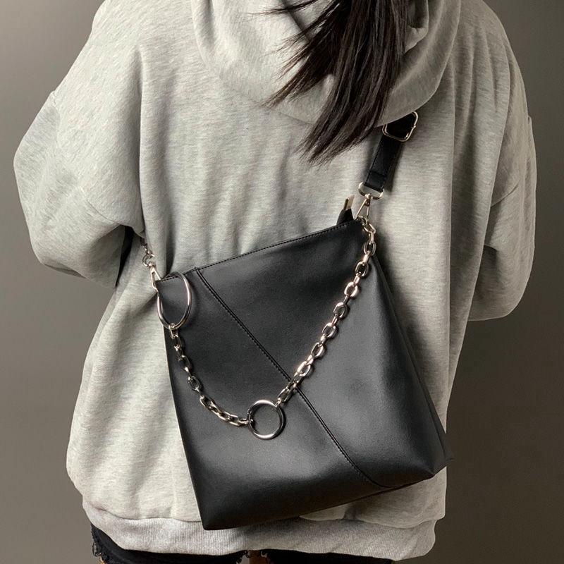 Túi xách cỡ lớn thời trang cho nữ