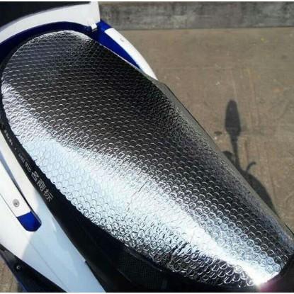Miếng lót chống nóng yên xe