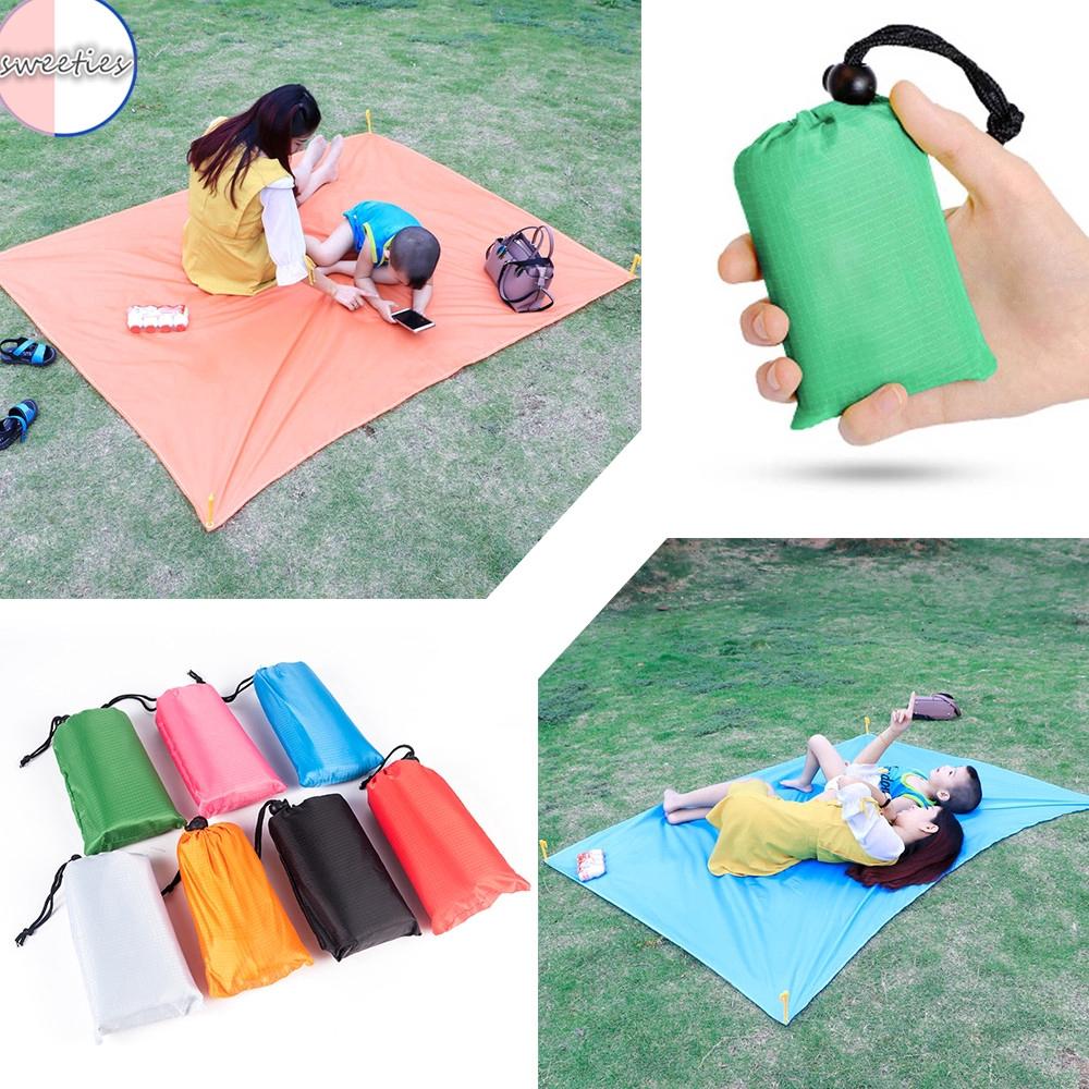 Thảm picnic mini chống ẩm tiện lợi