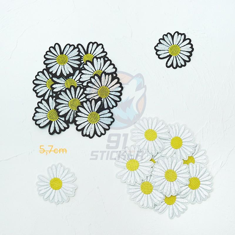 Sticker ủi (là) hình hoa cúc peaceminusone logo của G-Dragon dùng cho quần áo, giày, cặp sách, phụ kiện