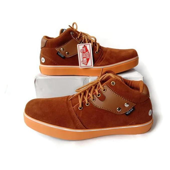 5ca3631f9 Sepatu Sneakers Vans Pria Hi Casual Premium Quality Trendi Dan Nyaman V47  Harga Grosir