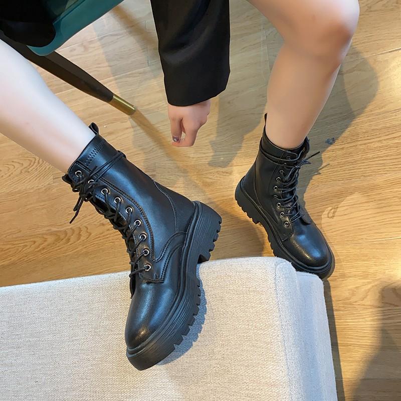 Giày Bốt Martin Nữ Màu Đen Phong Cách Anh Quốc Thời Trang Mùa Hè 2020