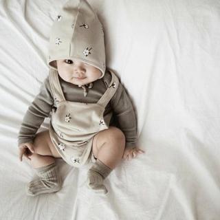 Quần yếm đùi/ Quần leggings/ Nón/ Áo thun phong cách xinh xắn đáng yêu dành cho trẻ sơ sinh