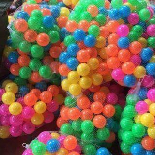 Combo 200 quả bóng nhựa cho bé yêu.