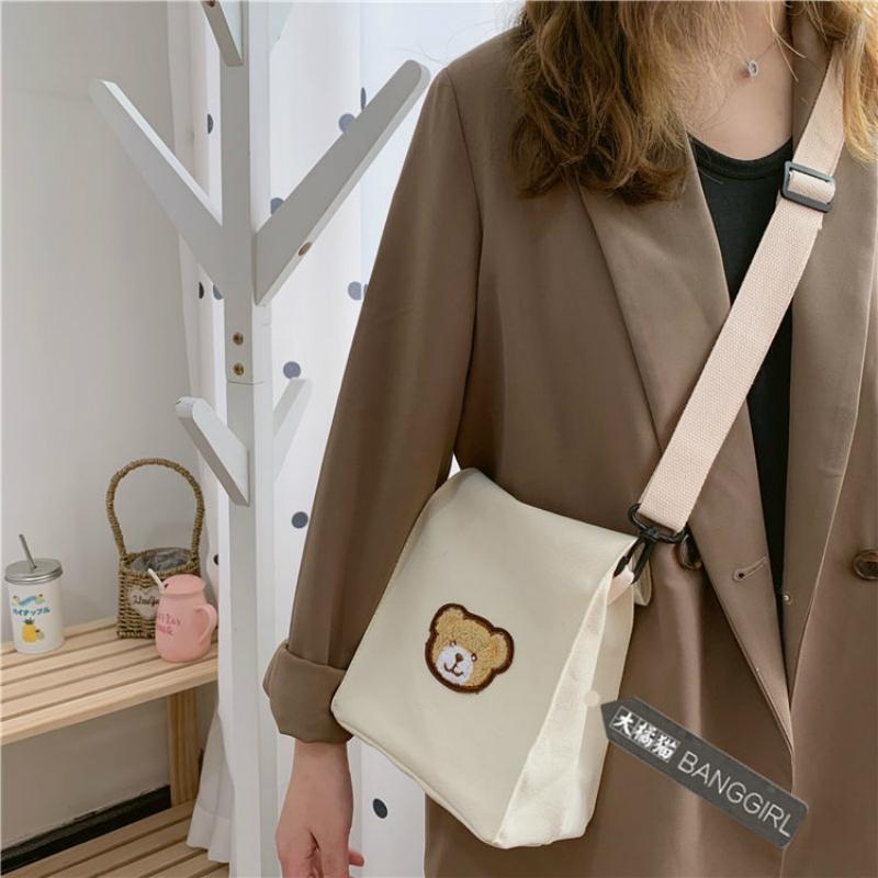 Túi canvas đeo chéo mềm mại họa tiết gấu nhỏ thời trang Harajuku Nhật Hàn đáng yêu cho nữ
