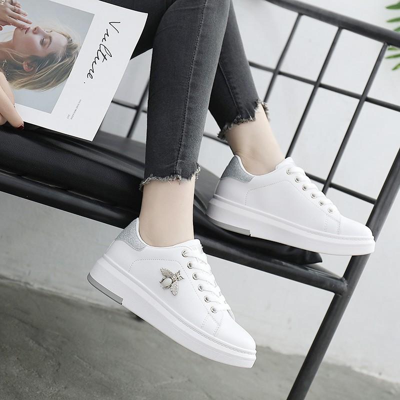 Giày Nữ, Giày Sneaker Nữ Trắng G18 Con Ong Sang Chảnh