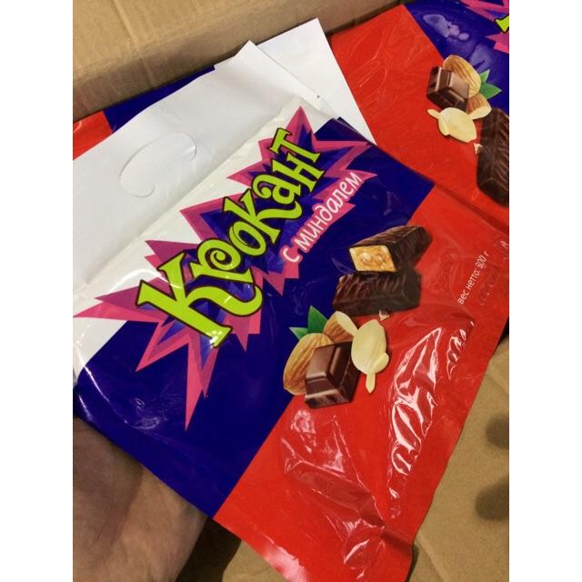  Kẹo Túi Nga  Kpokaht Mạch Nha Hạnh Nhân phủ Chocolate 300G - 10036263 , 732602996 , 322_732602996 , 47000 , Keo-Tui-Nga-Kpokaht-Mach-Nha-Hanh-Nhan-phu-Chocolate-300G-322_732602996 , shopee.vn ,  Kẹo Túi Nga  Kpokaht Mạch Nha Hạnh Nhân phủ Chocolate 300G