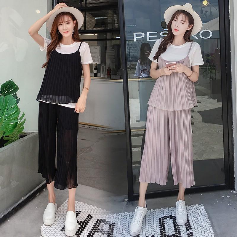 Bộ bầu quần lửng ống rộng hiện đại dễ chịu thoải mái thích hợp cho mặc nhà dạo phố du lịch