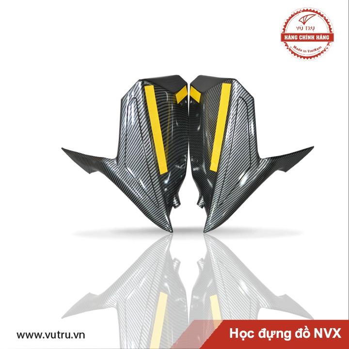 Hộc đựng đồ NVX Carbon - Chính hãng Universe