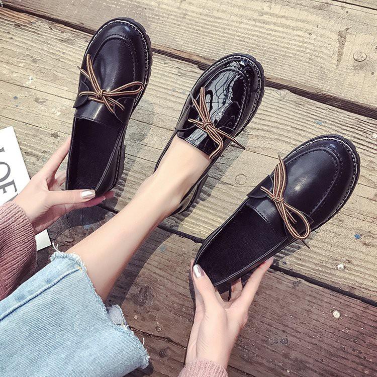【จัดส่งฟรี】นาดเล็กในฤดูใบไม้ผลิปี 2019 ใหม่รองเท้า Lok Fu ป่าหนากับรองเท้าแบนน้อม