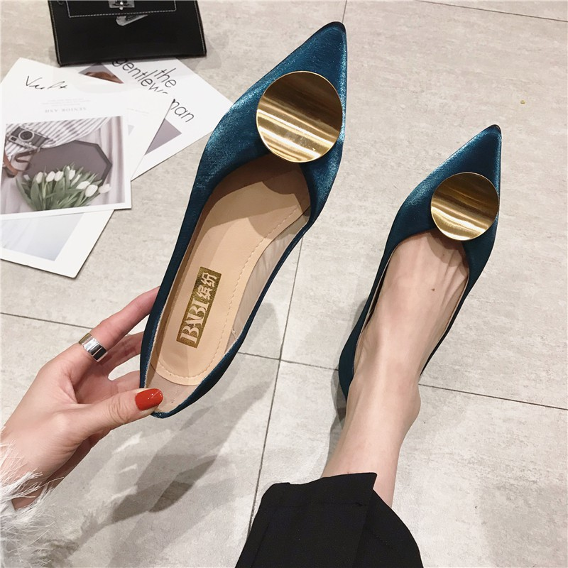 Single shoes female spring pointed shallow mouth flat bottom work shoes Korean version of the metal round buckle fairy s