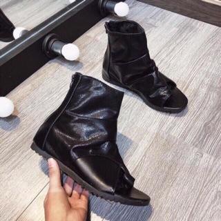 Boot sandal sỏ ngón