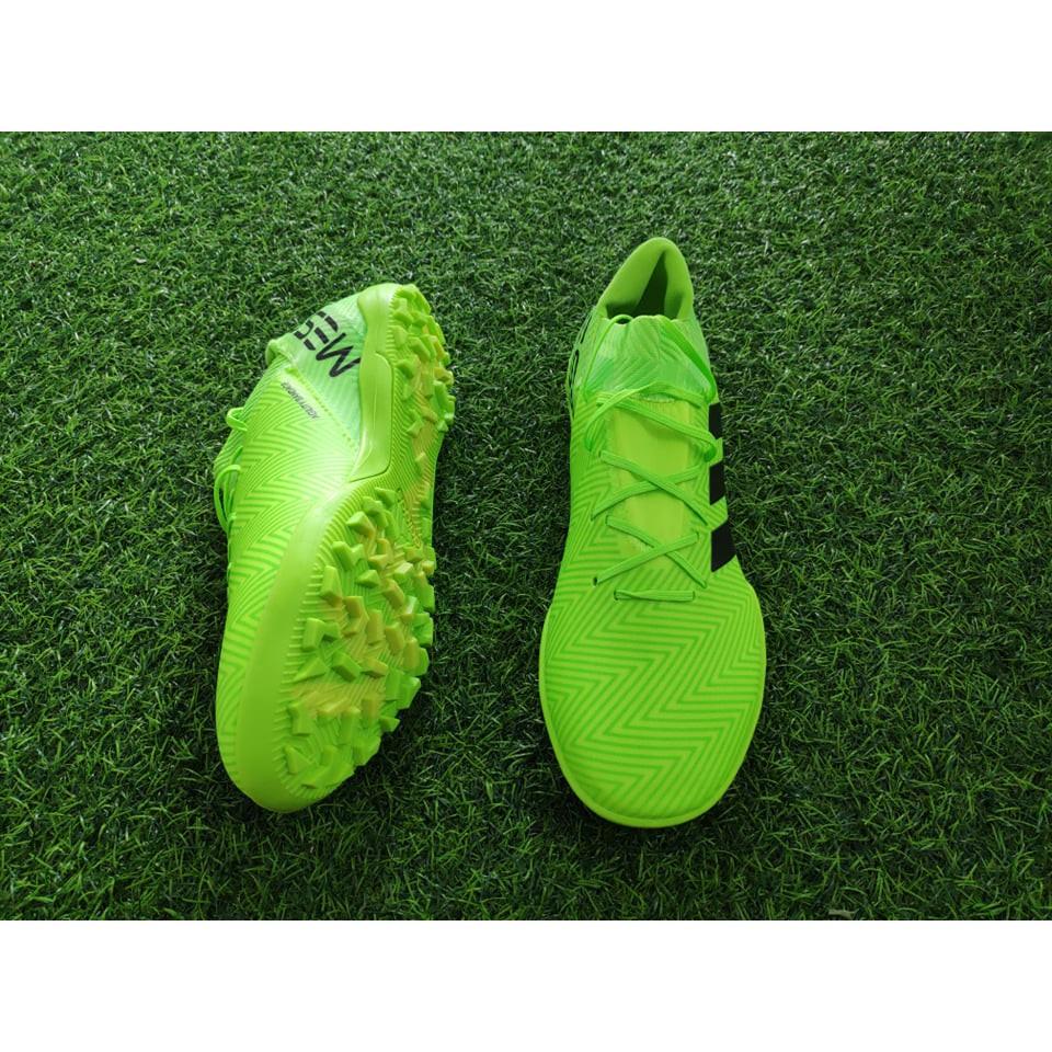 Giày bóng đá cổ chéo Messi TF ( Xanh chuối )