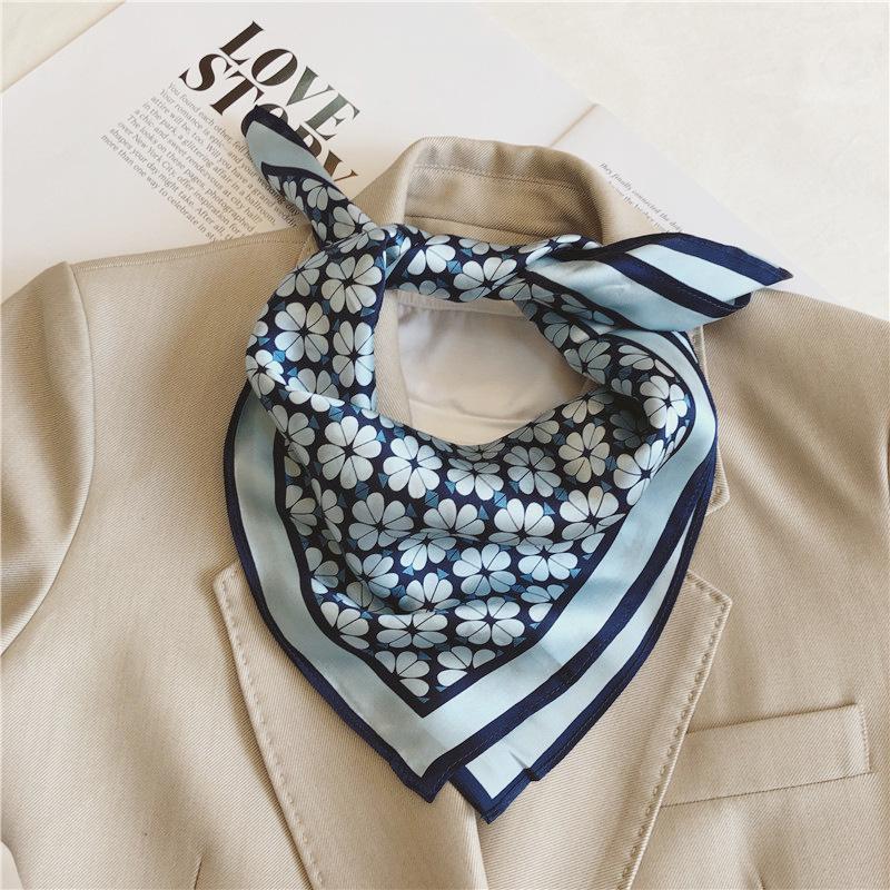 70cm X 70cm / Khăn Choàng Cổ Vải Satin Phong Cách Hàn Quốc E5D10
