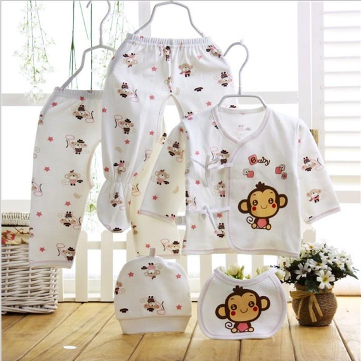 Set Quà Tặng quần áo sơ sinh 5 món kèm hộp quà tặng + túi giấy