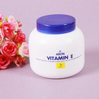 Kem vitamin E dưỡng ẩm da kiềm dầu 250ml thumbnail