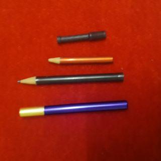 Bút lớn hóa nhỏ: Đồ chơi ảo thuật