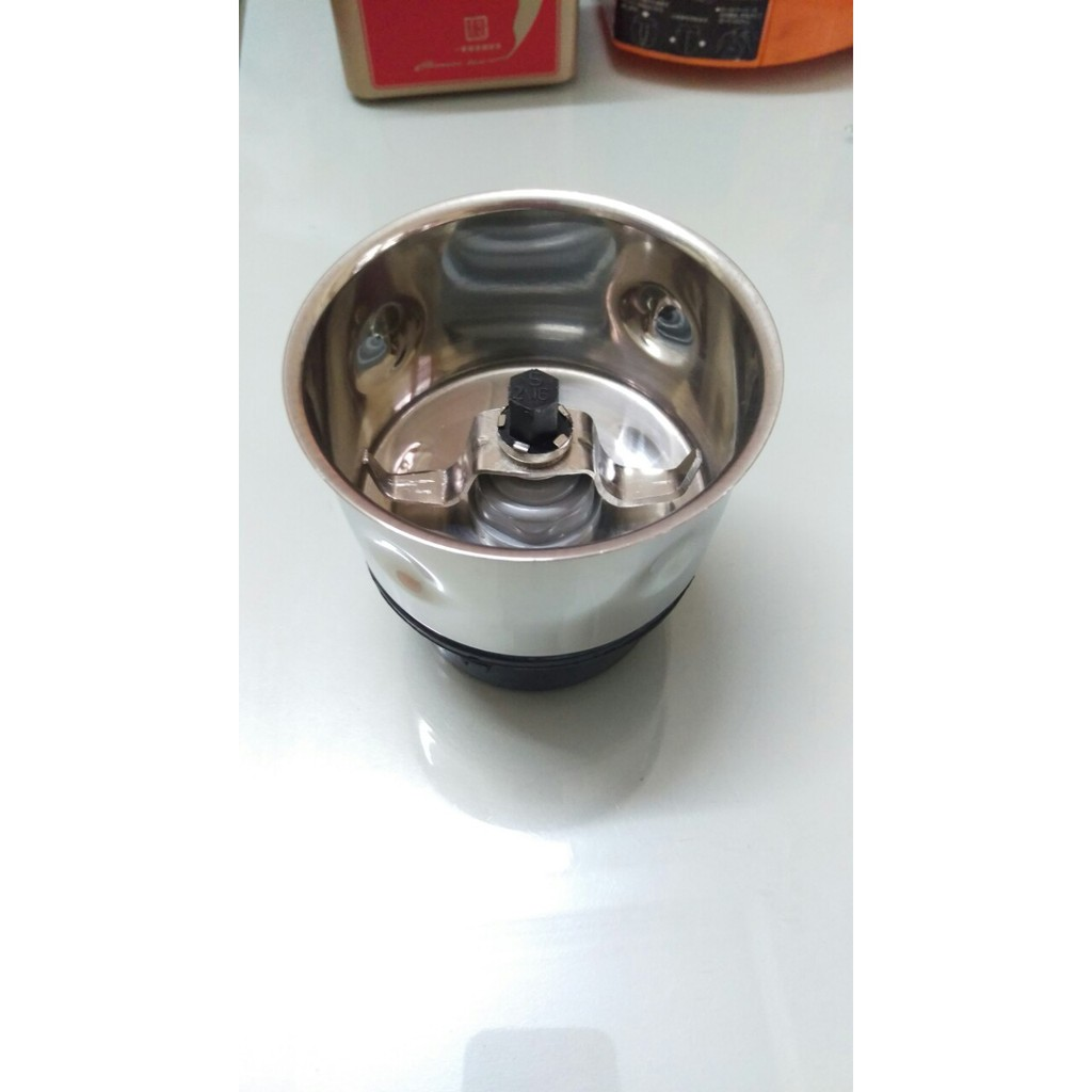 Phụ kiện ly xay khô kèm dao xay của máy xay sinh tố Philips HL1643