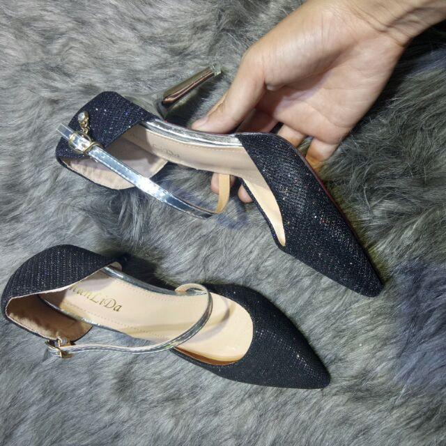 Sandal bít mũi kim sa gót nhỏ 7 cm
