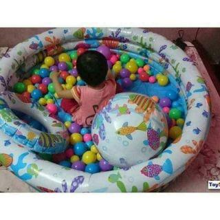Bể bơi kèm phao và bóng cho bé