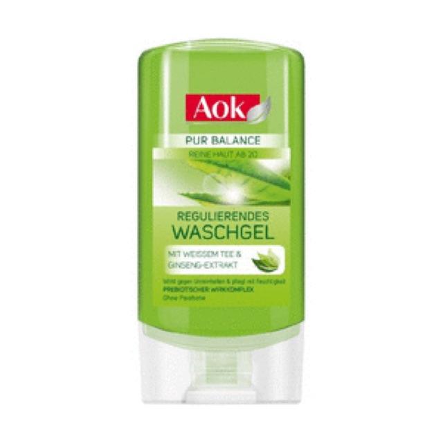 Sữa rửa mặt AOK trà xanh dành cho da dầu và mụn