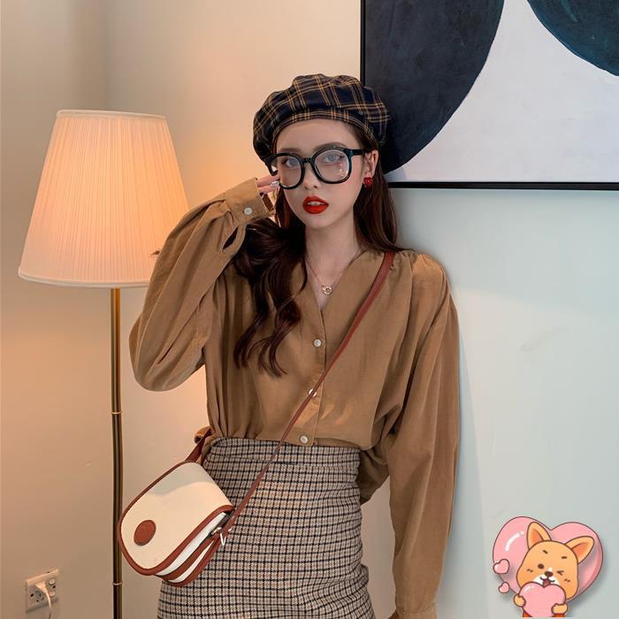 ฤดูใบไม้ร่วง 2019 เวอร์ชั่นเกาหลีของเก๋สีทึบเสื้อเชิ้ตผ้าลูกฟูกกระดุมแ