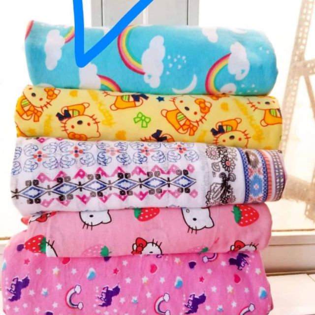 Combo vải cotton giá rẻ - 14070546 , 2446710302 , 322_2446710302 , 320000 , Combo-vai-cotton-gia-re-322_2446710302 , shopee.vn , Combo vải cotton giá rẻ
