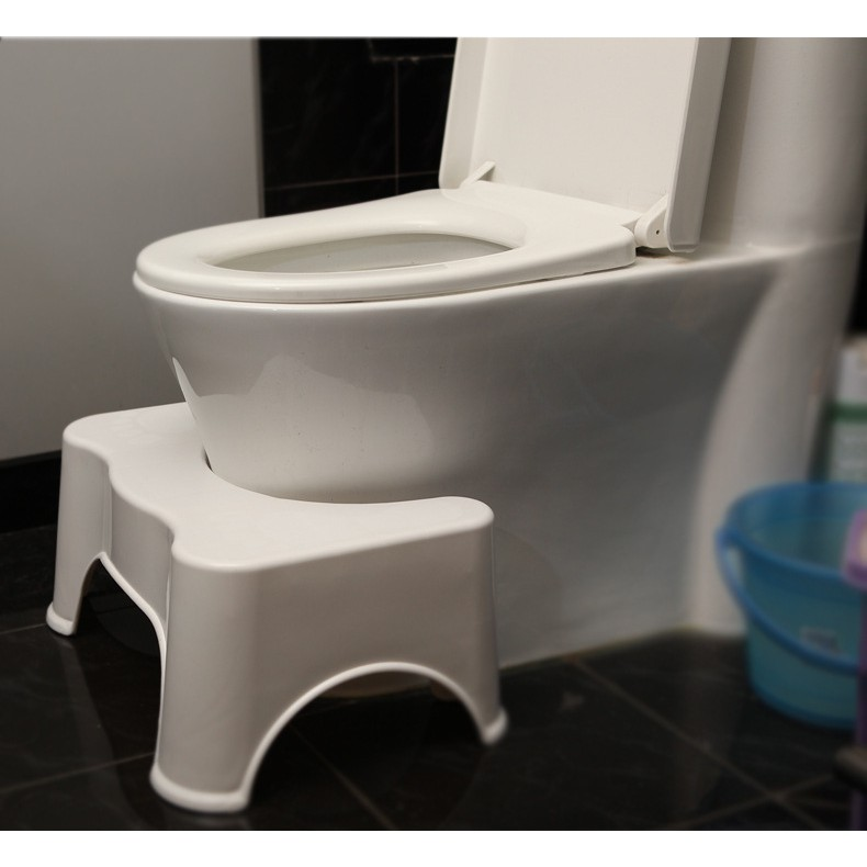 Ghế kê chân toilet có chống trơn