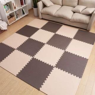 thảm xốp nâu đen và kem 45×45×1cm
