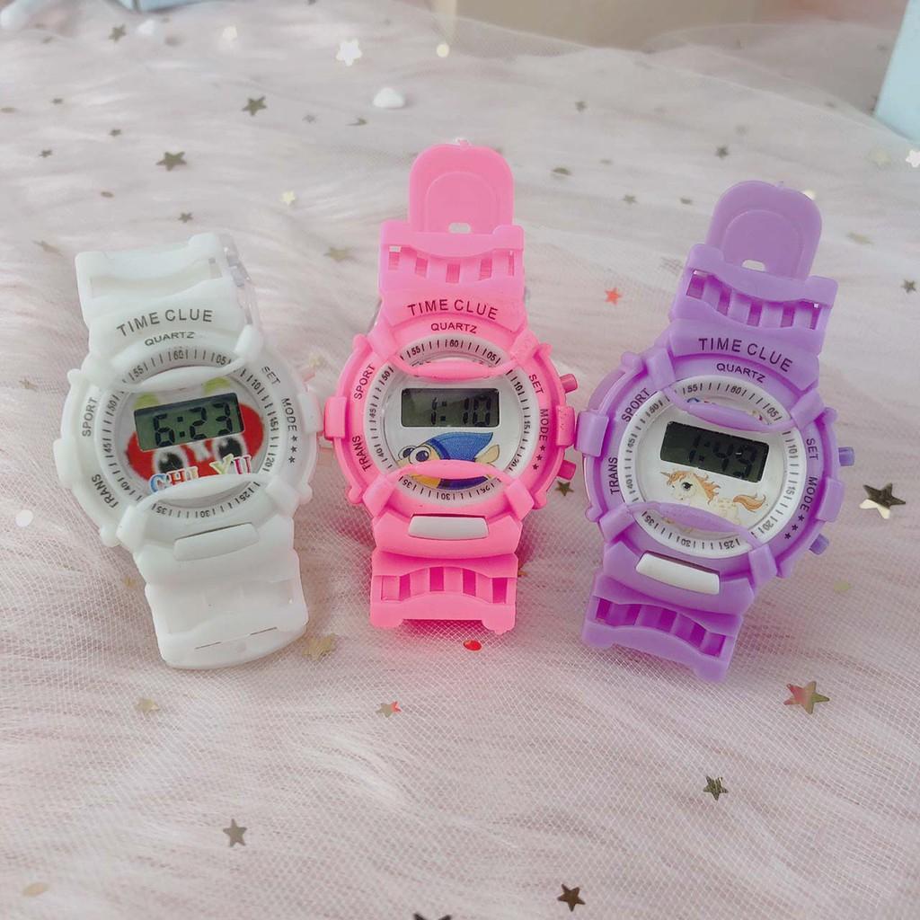 Đồng hồ trẻ em điện tử led Time Clue TC02 dây cao su êm tay, mặt số dể xem giờ