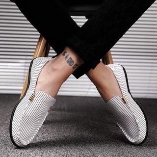 Giày lười vải kẻ sọc