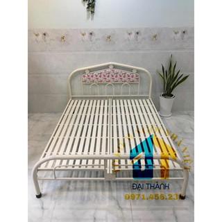 Giường sắt ngang 1m6 x 2m Đại Thành, tháo lắp dễ dàng, miễn phí vận chuyển nội thành Hà Nội