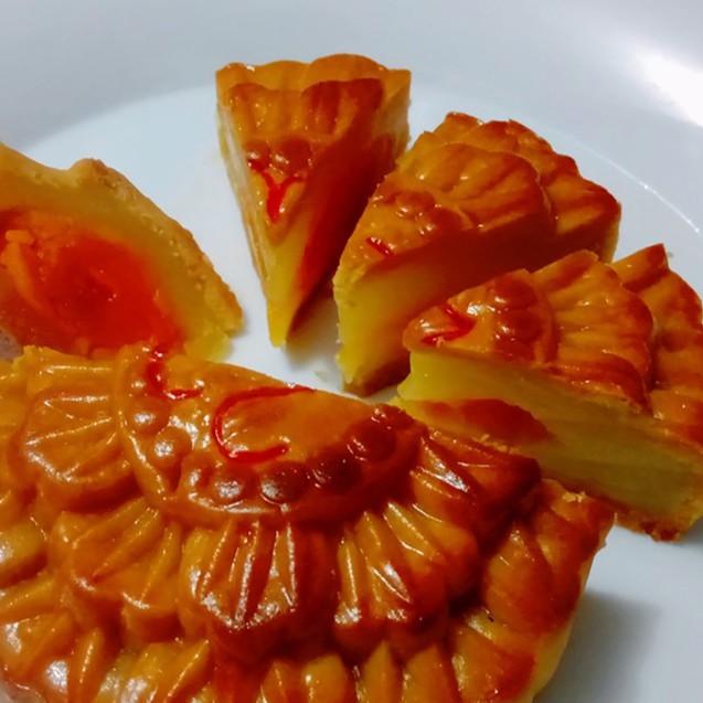 Bánh Trung Thu Sài Gòn Cổ Truyền Handmade 2 Trứng ~220g