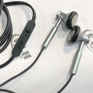 Tai nghe chân tròn 3,5mm kiểu dáng Classic. Bass mạnh tương thích Iphone, Samsung, Oppo, Huawei Chính hãng Earldom E26