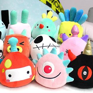 【SPOT】Creative personality one-horned geometry monster plush monster toy