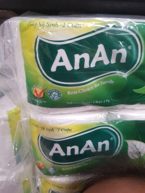 Lốc giấy vệ sinh 10 cuộn an an, giấy 2 lớp giá sỉ ( 10 lốc tặng 20 móc quần áo trẻ em)