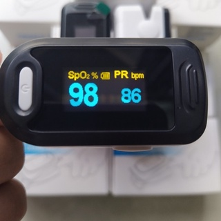 Máy đo nhịp tim và nồng độ Oxy trong máu SPO2 Oromi thumbnail