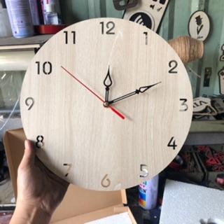 Đồng hồ trang trí bằng gỗ treo tường - Mẫu SB028