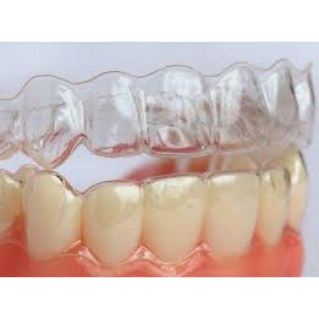 Máng Tẩy Trắng Răng Tại Nhà Khít Răng 100%. giá rẻ