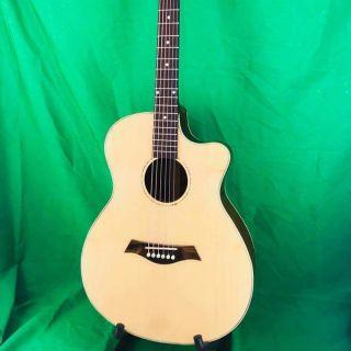Đàn Guitar Acoustic gỗ Hồng Đào