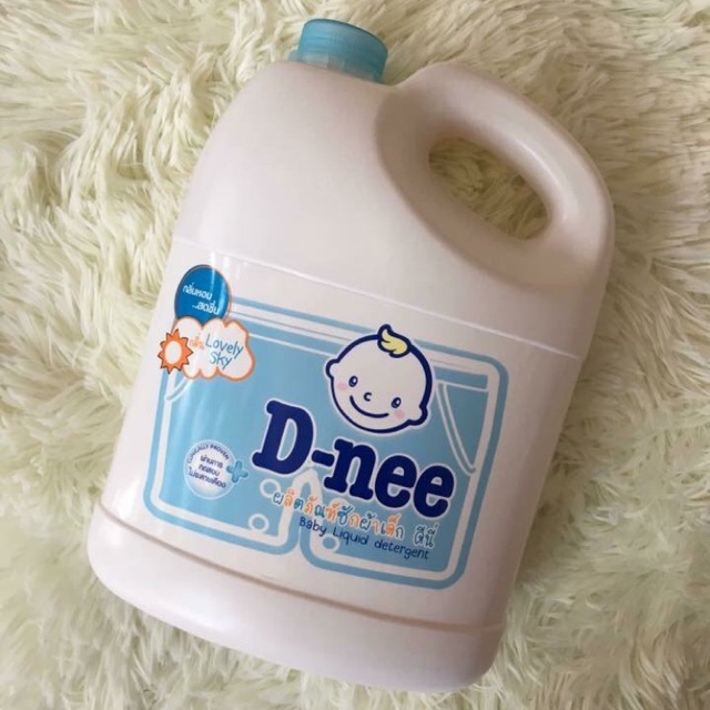 Pishouse Q2 HCM - Nước giặt Dnee Thái Lan