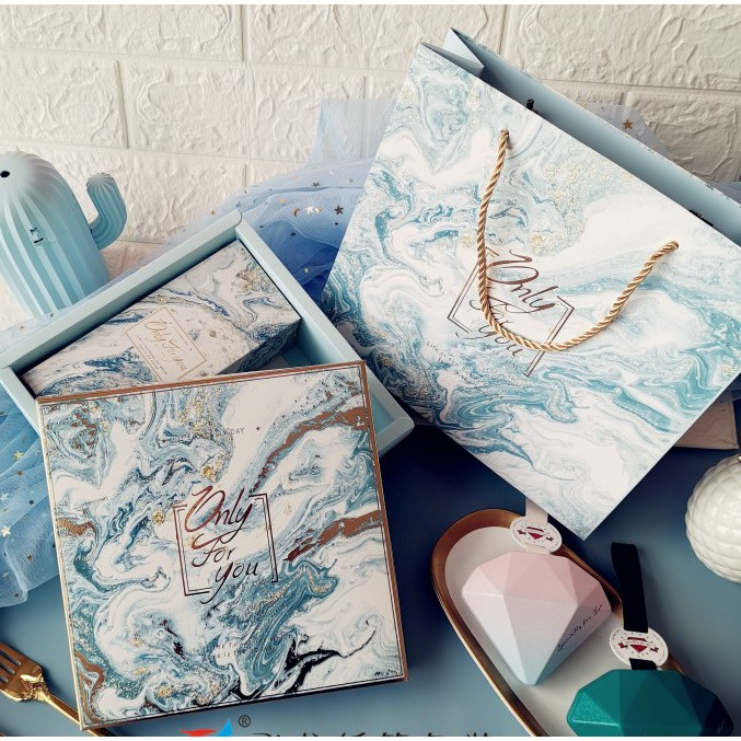 Bộ túi giấy +Hộp quà lớn +02 Hộp mini quà tặng hoạ tiết đá cẩm thạch, In chữ Only For You phong cách châu Âu (Có xé lẻ)