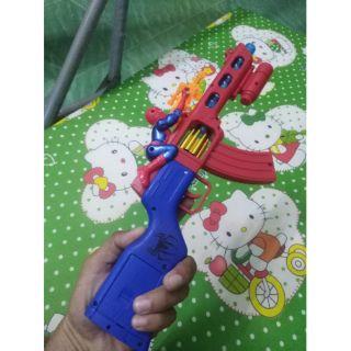 Đồ chơi súng nhựa dùng pin mẫu spiderman