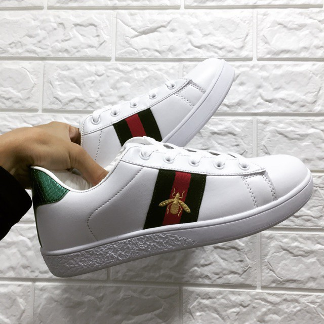 Gu.cc.i รองเท้าผ้าใบคุณภาพสูง