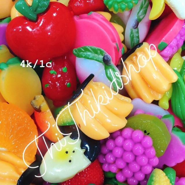 Charm trái cây ngẫu nhiên
