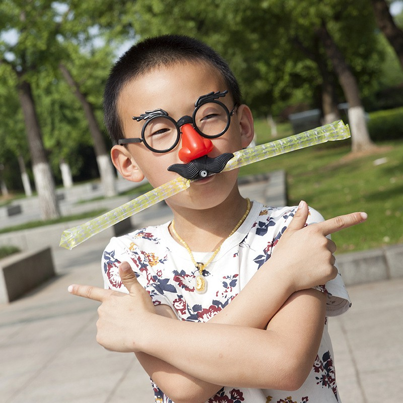 Mắt kính chú hề đeo mũi có râu