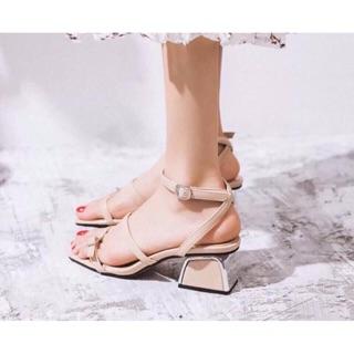 Sandal gót vuông tiểu thư